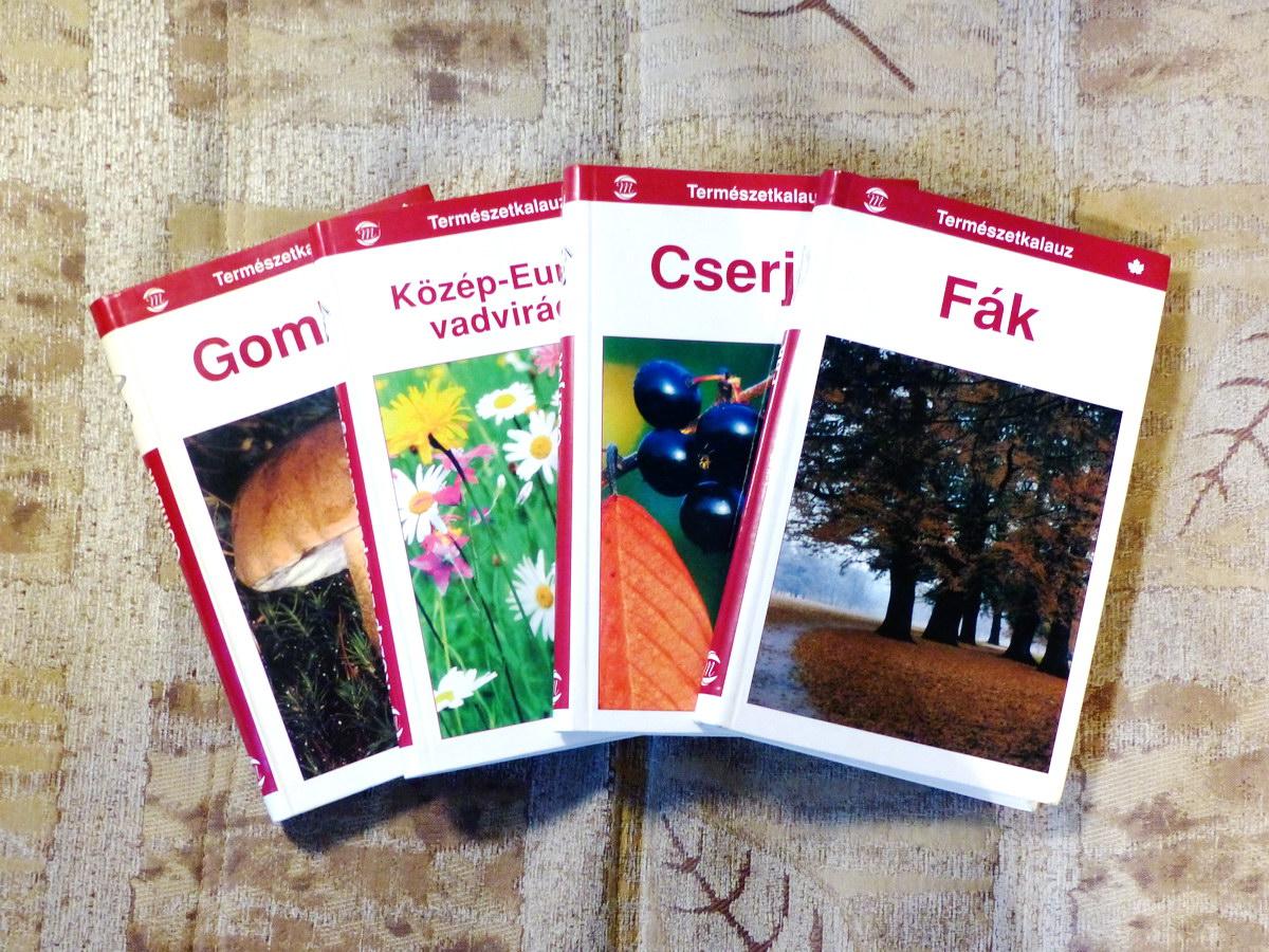 Négykötetes növényhatározó zsebkönyv sorozatom