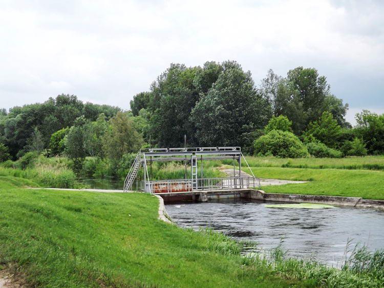 A Duna-völgyi-főcsatorna zsilipje Hajósnál