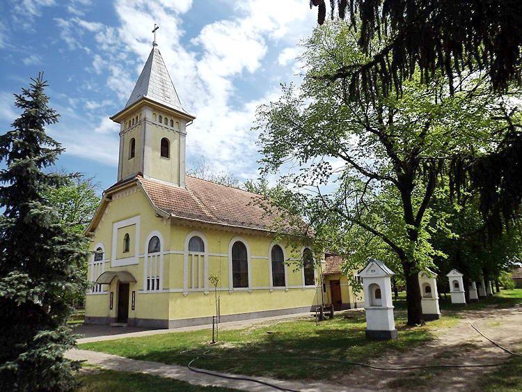 Zákányszék római katolikus temploma