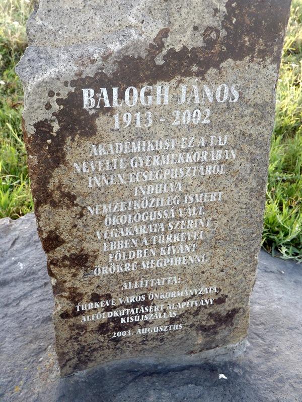 Dr. Balogh János síremlékének felirata