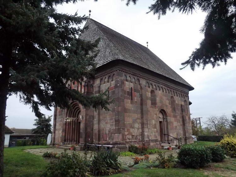Karcsa - Árpád-kori templomocska
