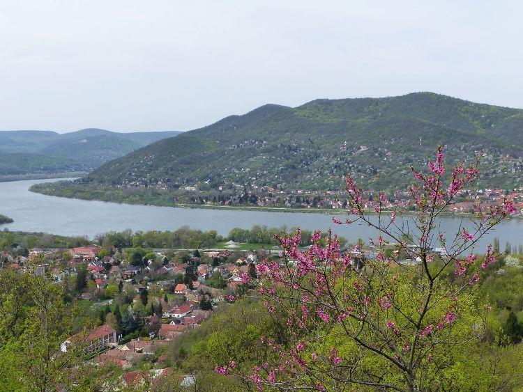 Visegrád - Letekintés a Dunakanyarra a Panoráma útról