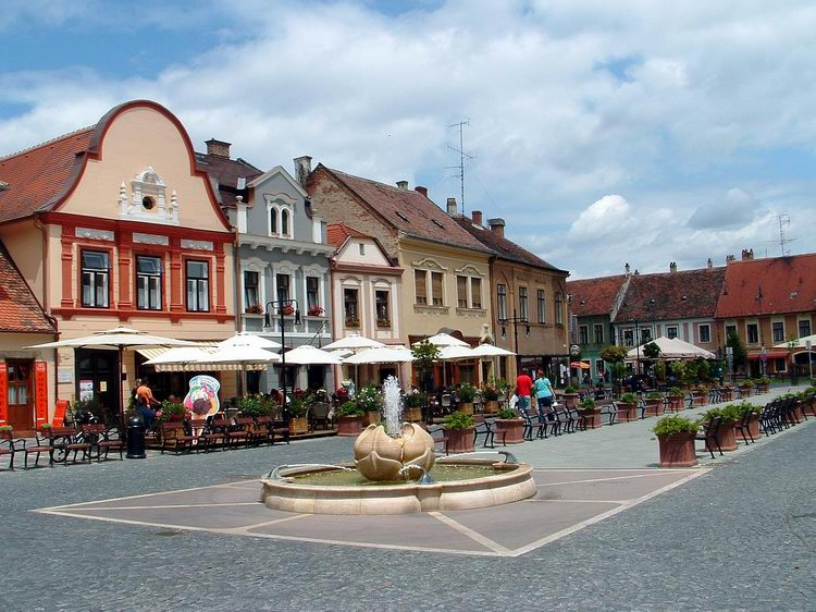 Kőszeg - The Blue Trail crosses the historical downtown of the city
