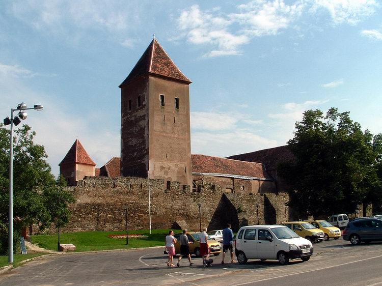 The old fortress stands in the centre of Kőszeg