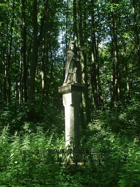 Szent Ilona sculpture in the forest