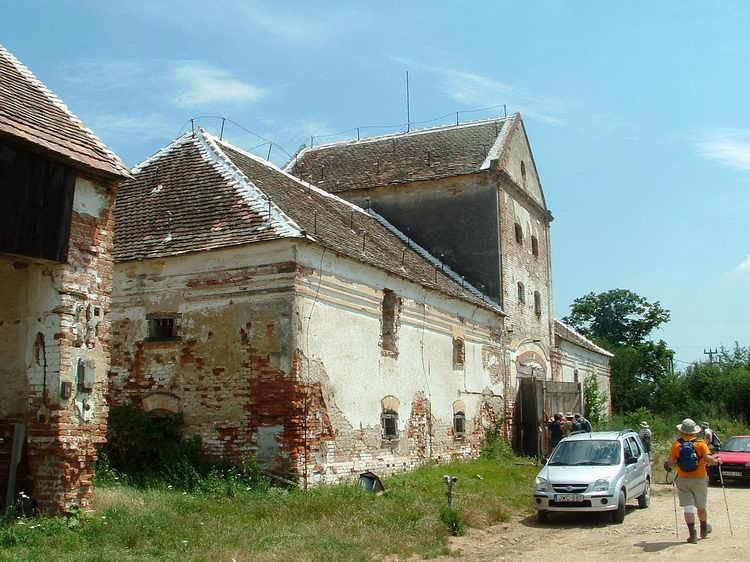 Among the old buildings of Kincsédpuszta