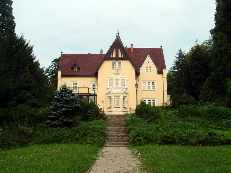 The Festetics Mansion in Szeleste village