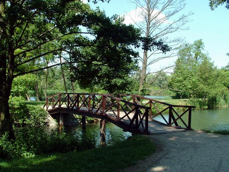 Bridge over a canal at the Rowing Lake