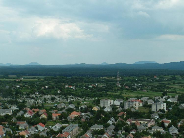 Panorama towards Sümeg and the extinct volcanoes of Basin of Tapoca from the wall of the fortress