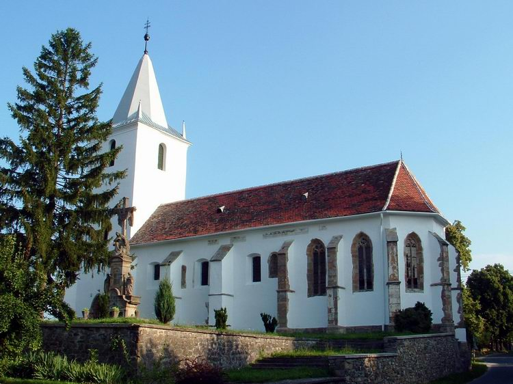 The Romanesque-gothic catholic church of Zalaszántó