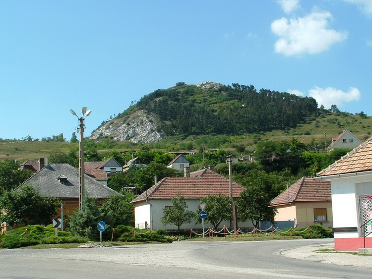 The view of Hegyes-kő Hill from Tokod village