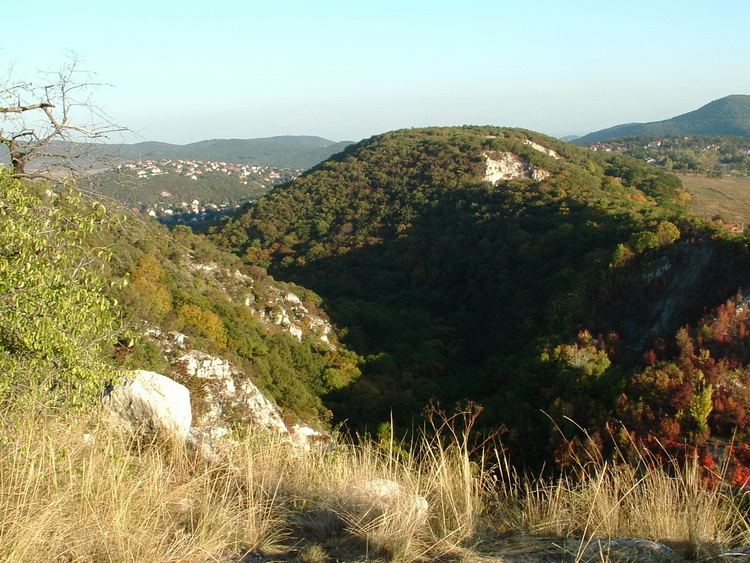 Panorama from the edge of the Remete Gorge