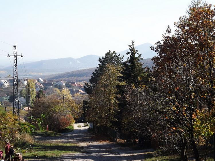 A retrospect from Pilisszentkereszt to the far Nagy-Kevély
