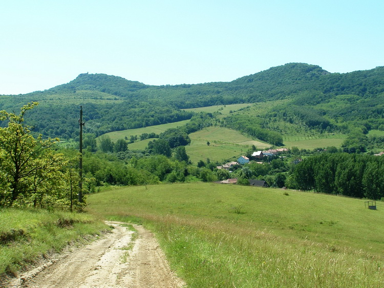 The Szanda-hegy Mountain and Szandaváralja village taken from the hillside