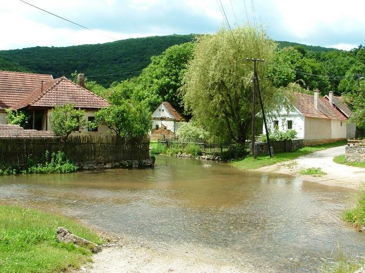 The creeks of Jósvafő village