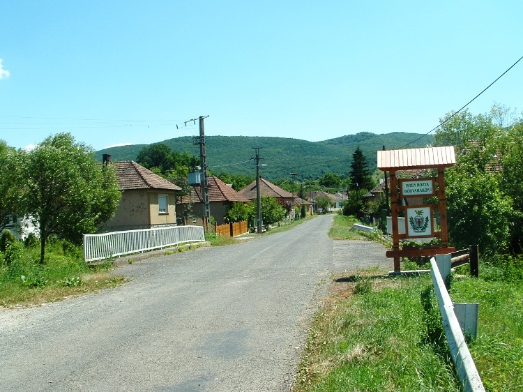 At the border of Bódvarákó village. In front of us towers the Szalonnai Mountains