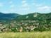 Kilátás a Csobánkai-nyeregből Csobánkára és az Oszolyra nyáron