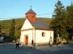 Pilisszentlászló - Kis kápolna áll a falu főterén