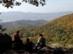 Pihenő turisták a Borjúfő szikláin