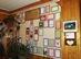 Erdei iskolás gyerekek köszönő oklevelei a turistaház halljában