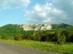 A Bél-kő panorámája az aszfaltútról nézve