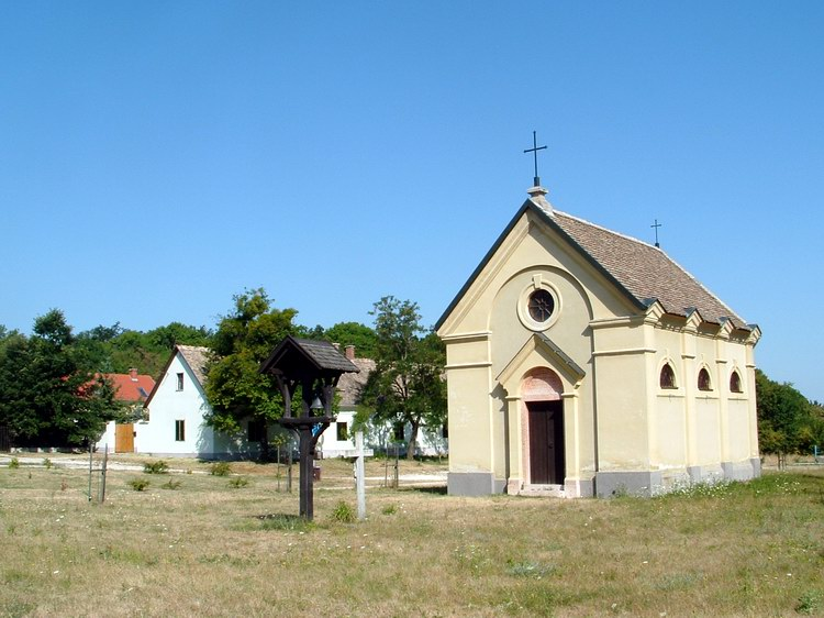 The small chapel of Kőhányás village