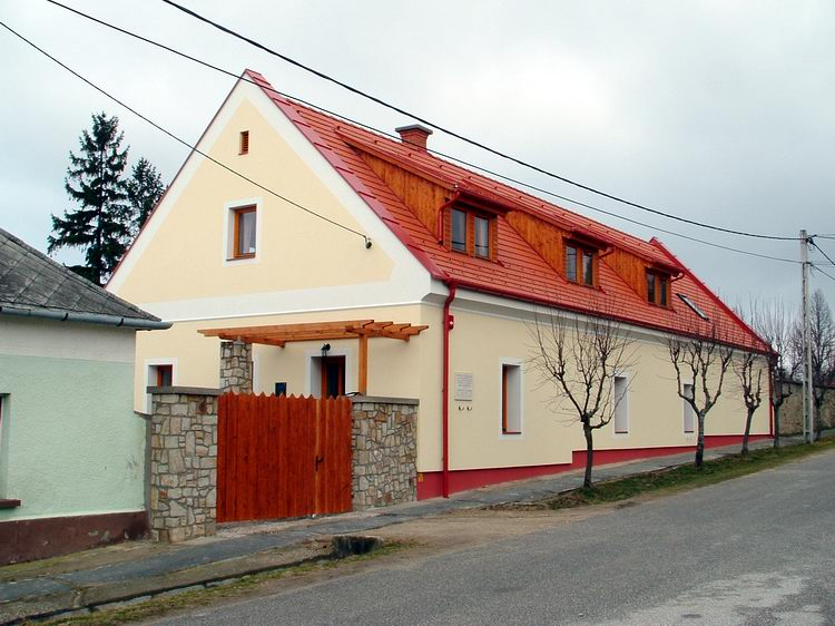 The Laky Demeter tourist house in Rezi